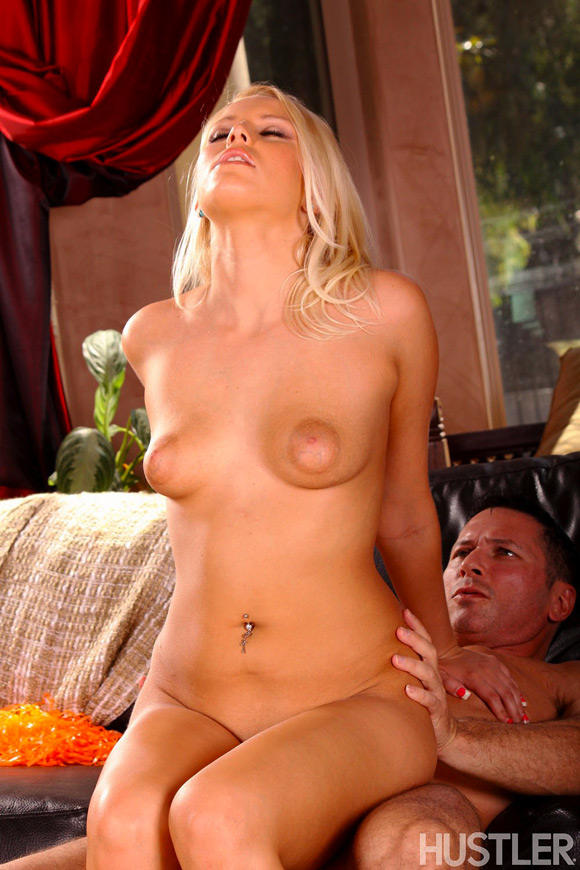 vanessa-cage-naked-barely-legal-girl-2